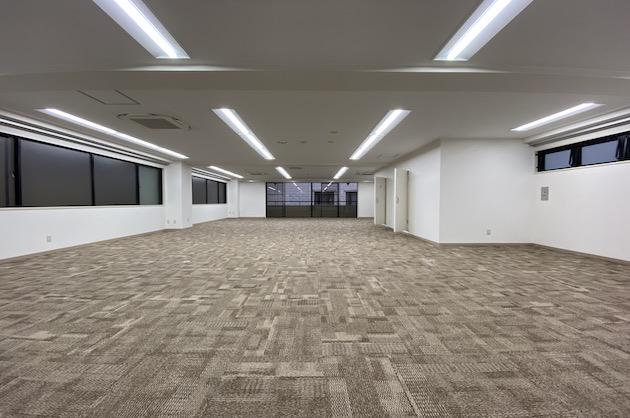 南青山、長方形の好立地オフィス<p>[港区/66万円/134㎡]
