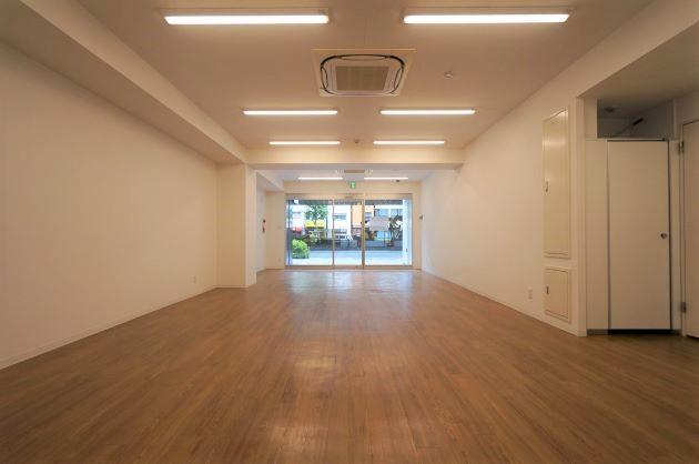 秋葉原3分。地下空間有り・店舗可能な築浅物件。【千代田区/82万/110㎡】