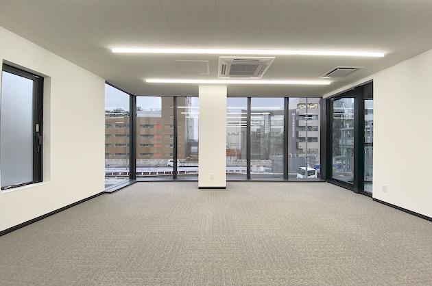 幡ヶ谷。甲州街道沿いの新築小規模オフィス<p>[渋谷区/30万/49㎡]