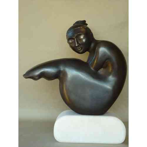 Felicity-38x34cm-BRONZE-MARBLE-BASE-[Bronze, Table-top, Figurative]-Libucha-Zygmunt-australian-sculpture-female-form-indoor