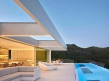 Quarry House in Valencia, Spain by Ramon Esteve Estudio ...