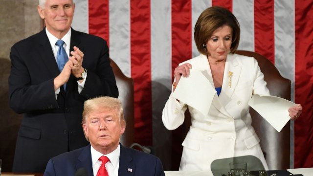 Pelosi tears up State of the Union speech by Donald Trump