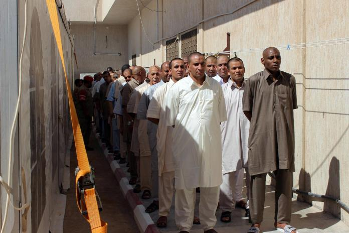 Libya releases prisoners to contain virus spread