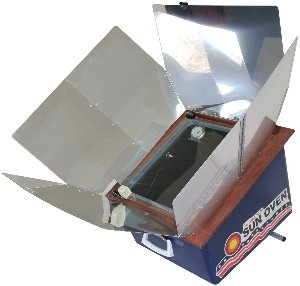 Tamara S Solar Oven A Modified Box Cooker With Bigger Reflectors