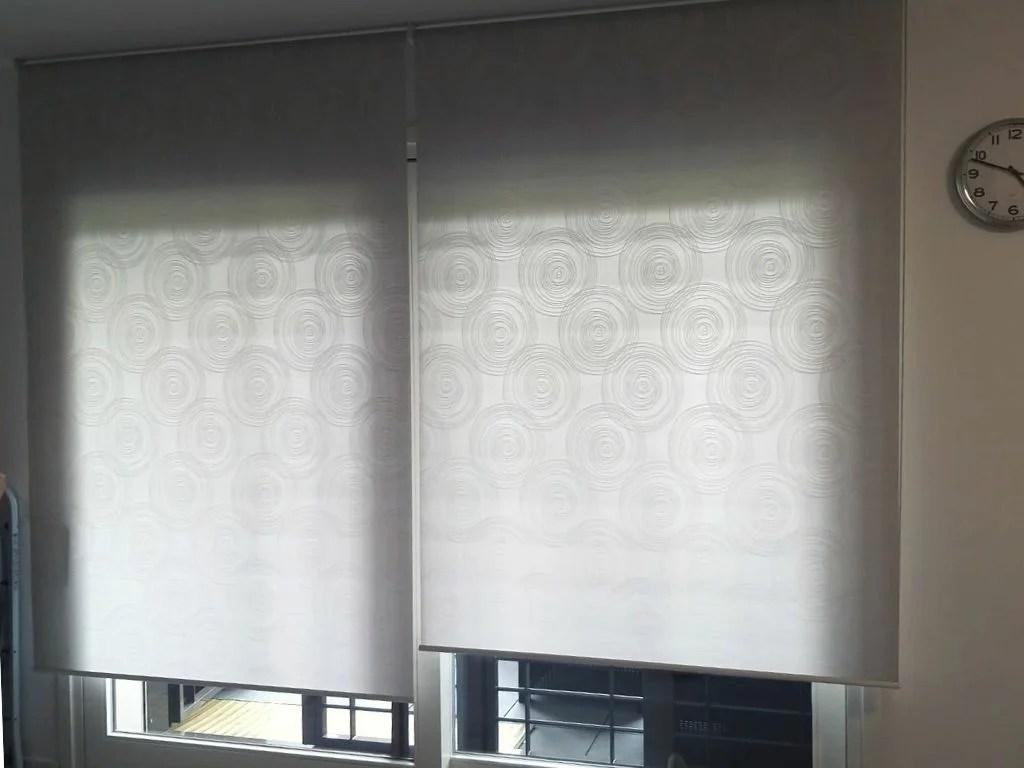 In questo post ti descrivo tutte le tipologie di tende per interni moderne. Tende Moderne Per Soggiorno Guida Alla Scelta Solartende