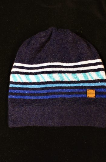 Solasonach Lunan Bay Beanie in navy turquoise and blue
