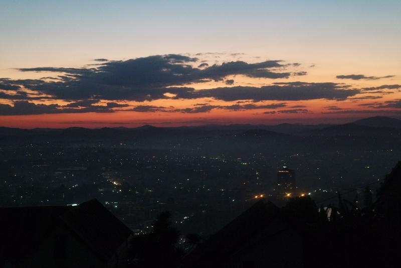 Tana by night