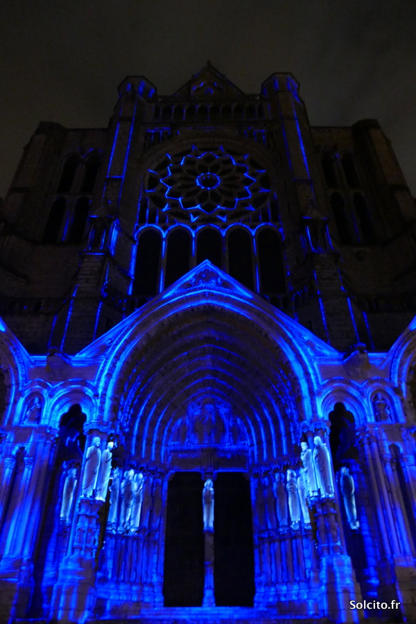 Façade Cathedrale chartres en lumieres