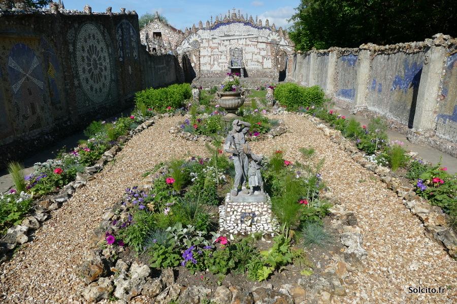 Jardin de la maison Picassiette