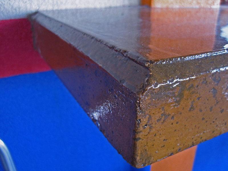 closeup view of countertop edge