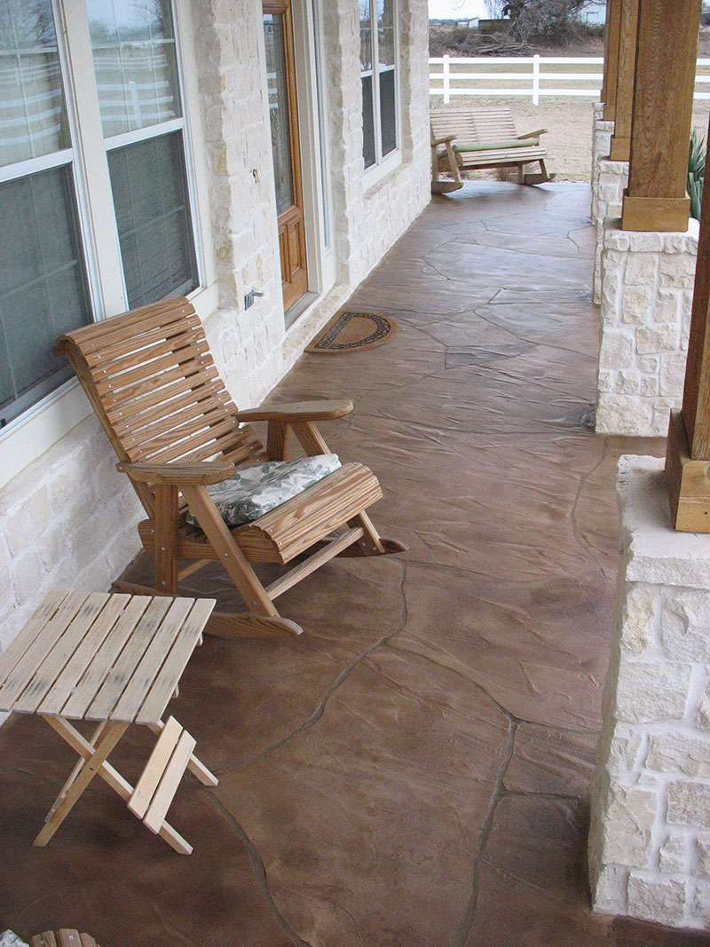 front porch with trowel down with sitting chair