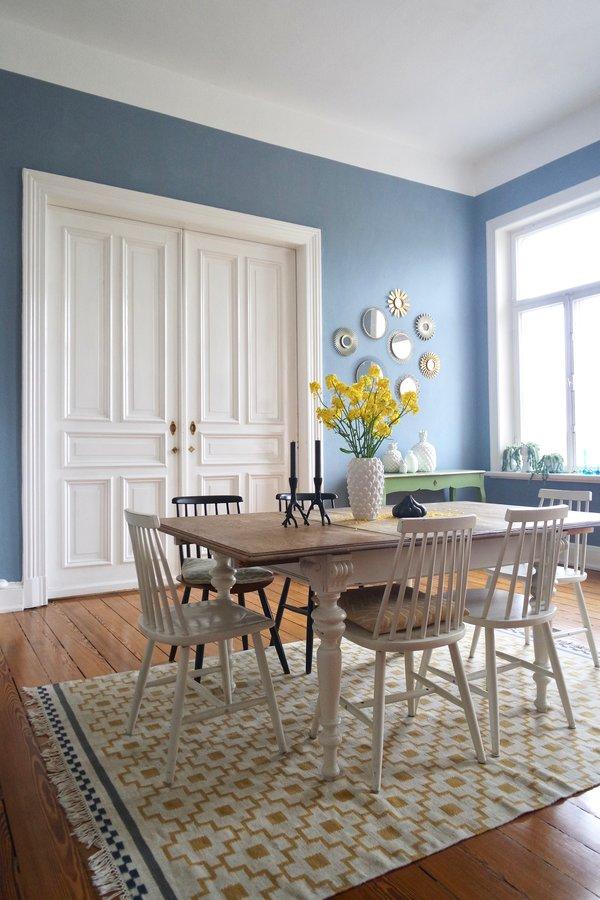 chic sofas blue throws for wandfarbe blau und petrol: die besten ideen für blautöne