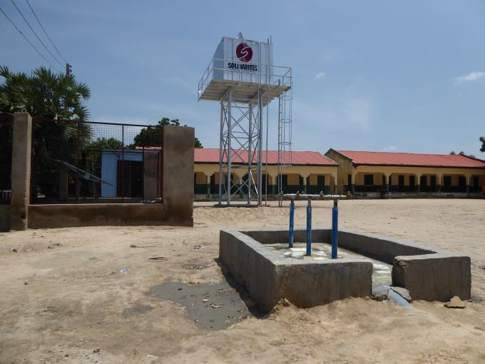 NIGERIA MUNA GARAGE ROBINET TANK 1