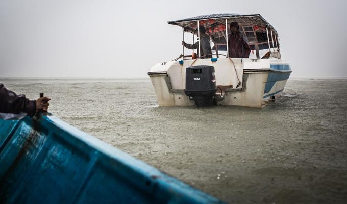 MYANMAR bateau