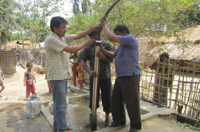 piscines magiline - Myanmar - SOLIDARITES INTERNATIONAL