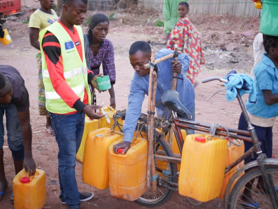 chlorination jerry can bicycle