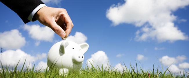piggy-bank-and-hand-01