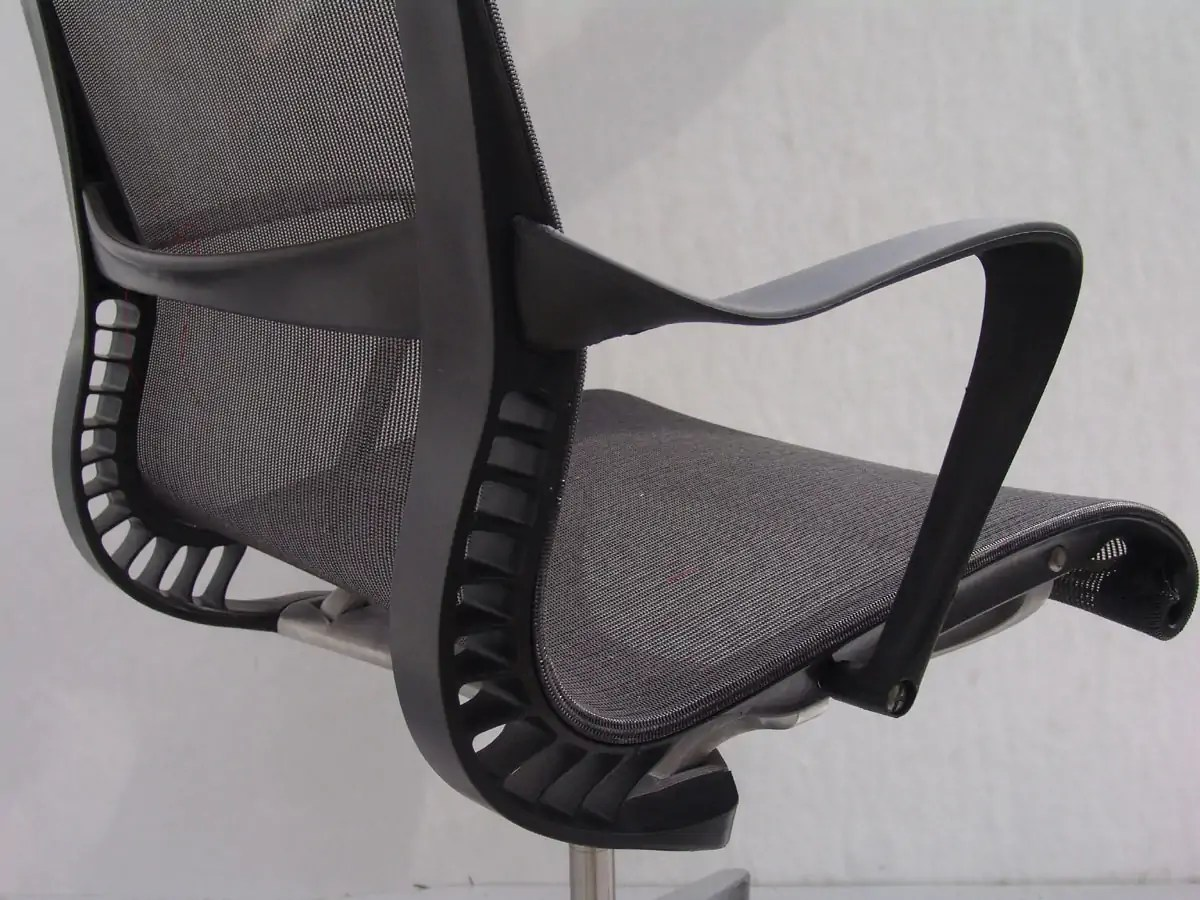 behind the chair app yugoslavia folding delicious design process herman miller setu