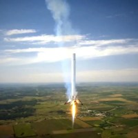 Pings from Above – Google Invests in SpaceX to Bring the Internet to All
