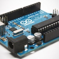 Learn How to Build Your Own Arduino Robot Arsenal with This $29 3-Course Bundle