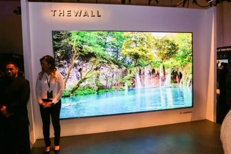The scale of Samsung's Wall - Image: CNET