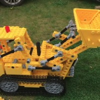 Model of the Week: Giant LEGO Bulldozer [Track Forward, Boom Down!]
