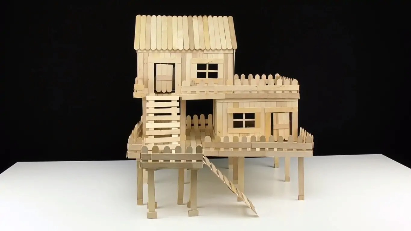 This 600-Piece Home Model Was Made for One Lucky Pet Rat