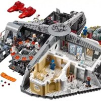 'Betrayal at Cloud City' is a 2,800-Piece LEGO Star Wars City In The Skies