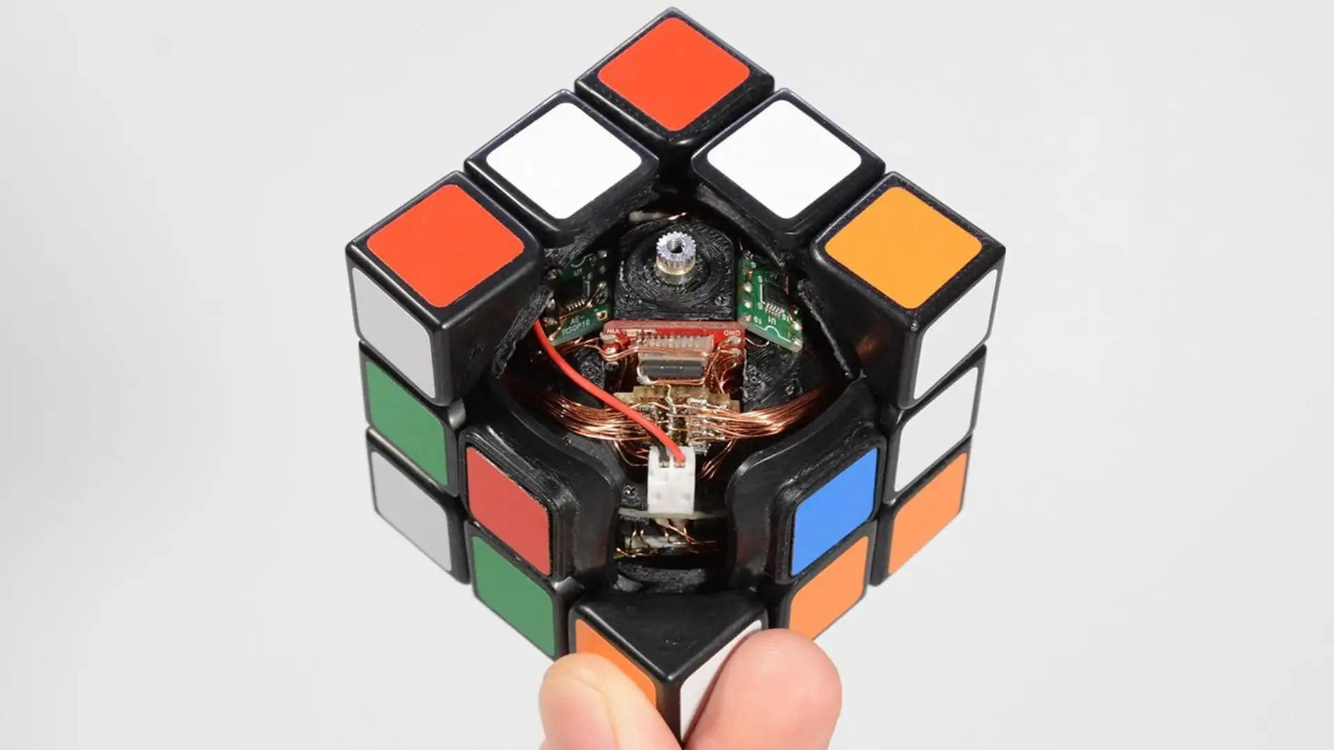 hight resolution of design process how to create a self solving rubik s cube