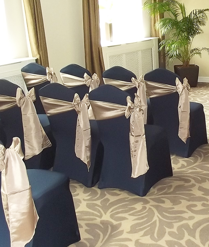 chair covers wedding london egg chairs cheap cover hire in loughborough leicester