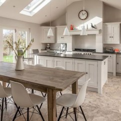 Kitchen Layout Ideas Mixers A Guide To Open Plan And Broken Solid Islands Breakfast Bars
