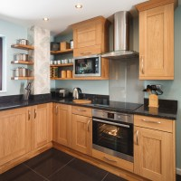 Solid Wood Kitchen Cabinets - Information Guides