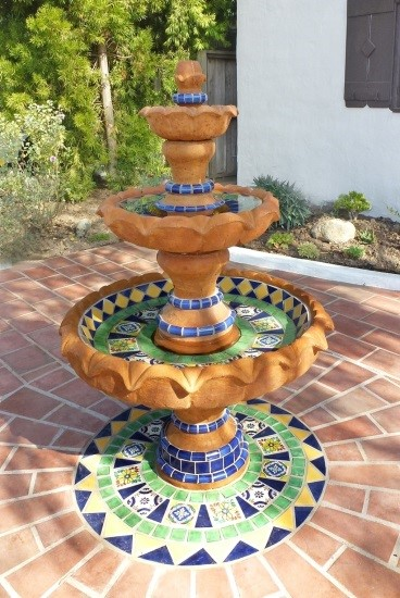 Yard D 233 Cor The Beauty Of A Mexican Water Fountain Sol