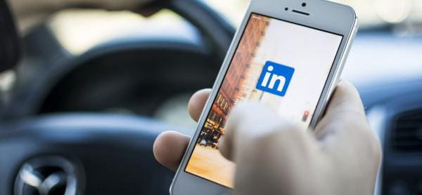 app-linkedin-ayuda-recien-graduados-conseguir-empleo-3