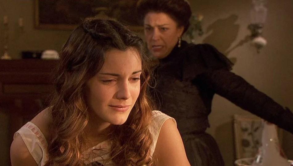 Soledad frustata da Donna Francisca