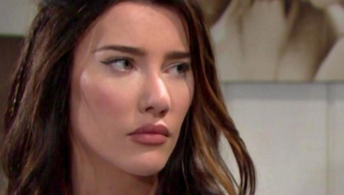 beautiful-previews-usa-steffy-and-hope-fight-for-beth-zoe-near-thomas-2456261