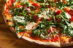 טיול מאורגן לאיטליה: פיצה בנאפולי