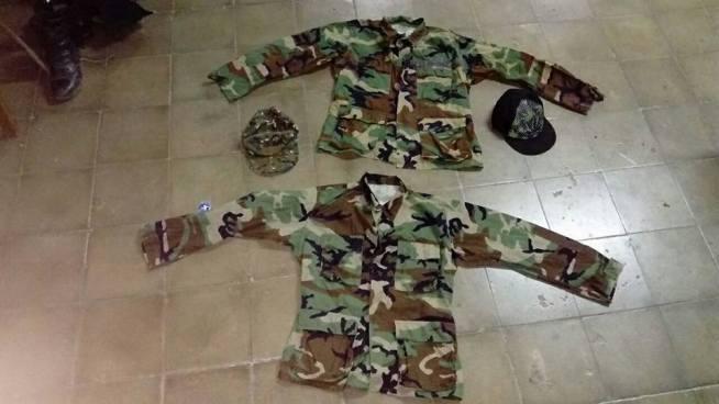 Capturan a 20 pandilleros que guardaban uniformes de uso militar en Sonsonate