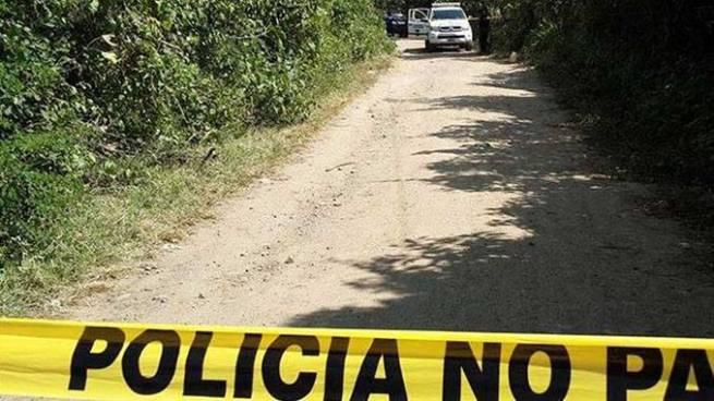 Encuentran el cadáver decapitado de un hombre en una finca de Ahuachapán