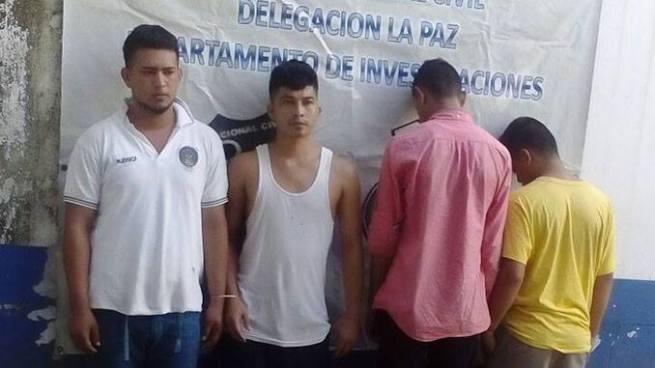 Estudiantes pandilleros son capturados por extorsionar a otros estudiantes en La Paz