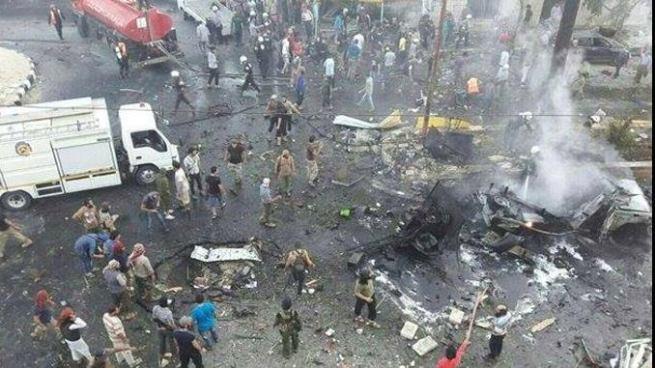 Ataque con un coche bomba deja al menos 50 personas fallecidas en Siria