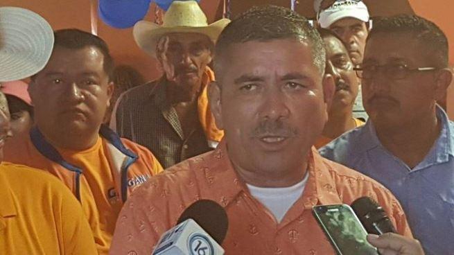 Alcalde tránsfuga buscará la reelección de la alcaldía de San Francisco Menéndez por GANA