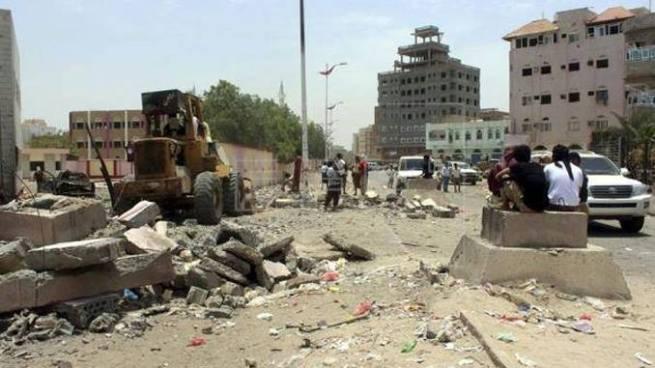 Cinco soldados mueren tras ataque suicida en Yemen