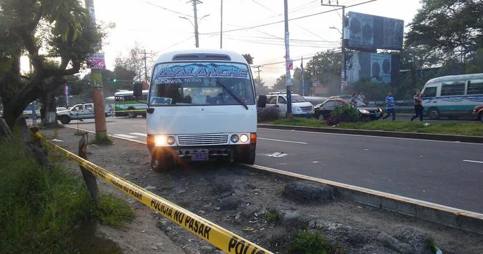 Muere motorista que resultó lesionado tras ataque armado en un microbús de la ruta 29A