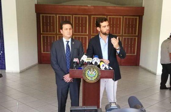 Juan Valiente y Johnny Wright se retiran del proceso interno de ARENA