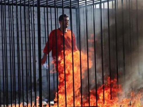 Estado Islámico quemó vivas a 12 personas y lo grabaron en vídeo