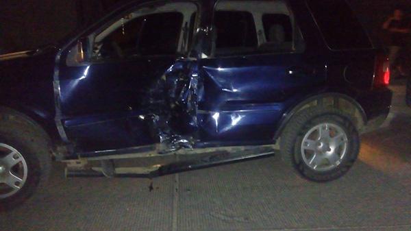 Muere motociclista tras impactar con una camioneta en Apopa
