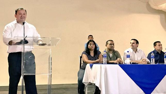 Trabajadores municipales respaldan candidaturas de Ernesto Muyshondt y Guillermo Gallegos