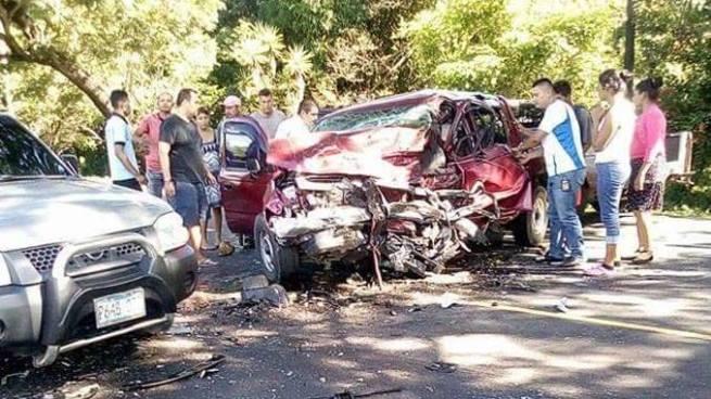 Accidente en el municipio de El Tránsito deja al menos un muerto y varios lesionados