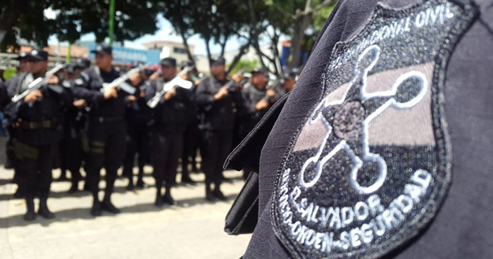 Absuelven a policías acusados de ejecutar a tres pandilleros en Aguilares, San Salvador
